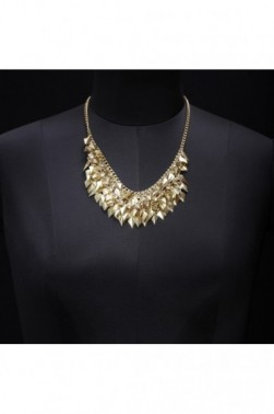 Bunched Leaf Necklace